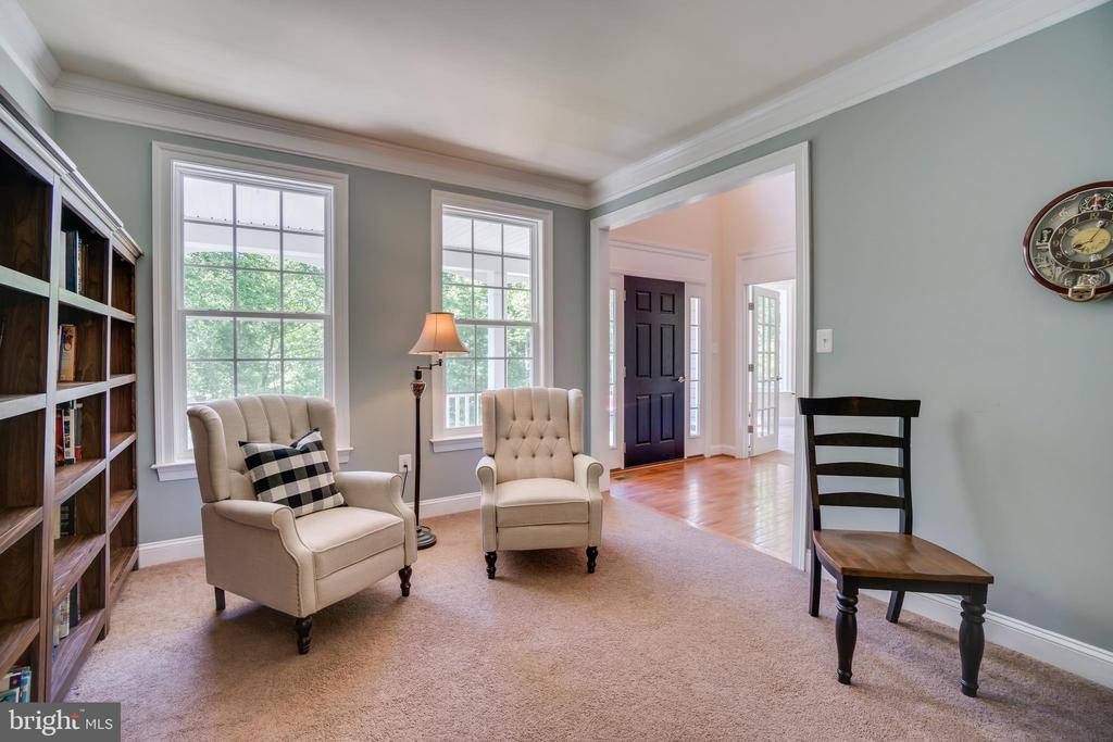 Front Living Room - 2714 BROOKE RD, STAFFORD