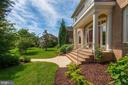 A four sides brick masterpiece by Gulick Homes - 22978 LOIS LN, BRAMBLETON