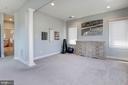 Sitting area - 22978 LOIS LN, BRAMBLETON