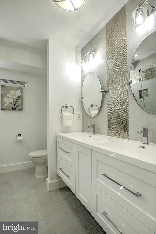 Chic, modern, and sophisticated bathroom - 145 TODD PL NE, WASHINGTON