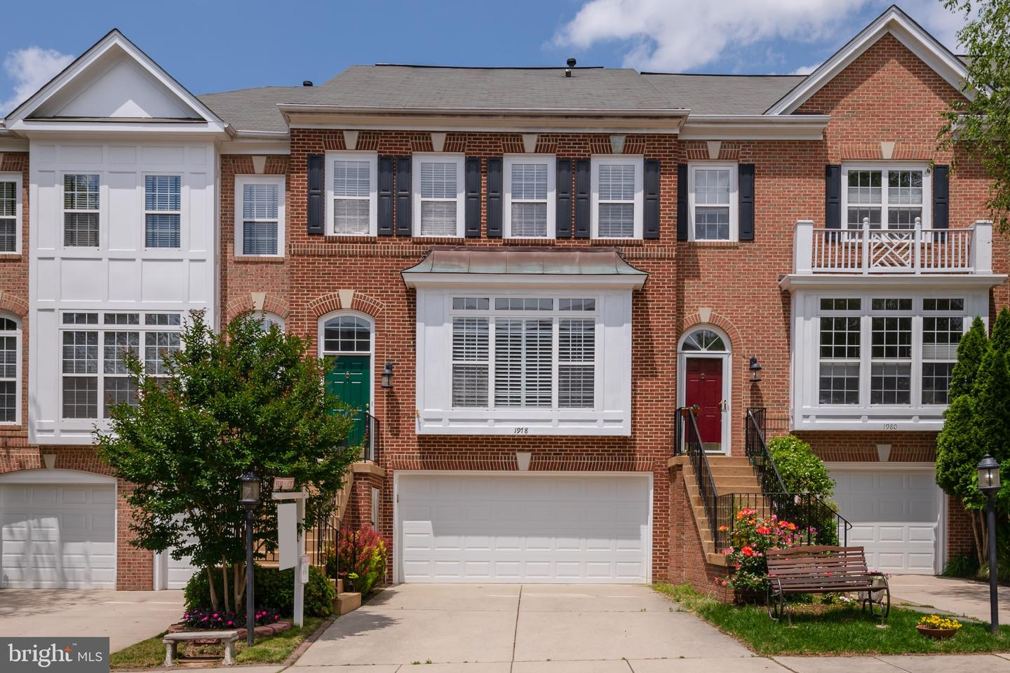 Single Family for Sale at 1978 Logan Manor Dr Reston, Virginia 20190 United States