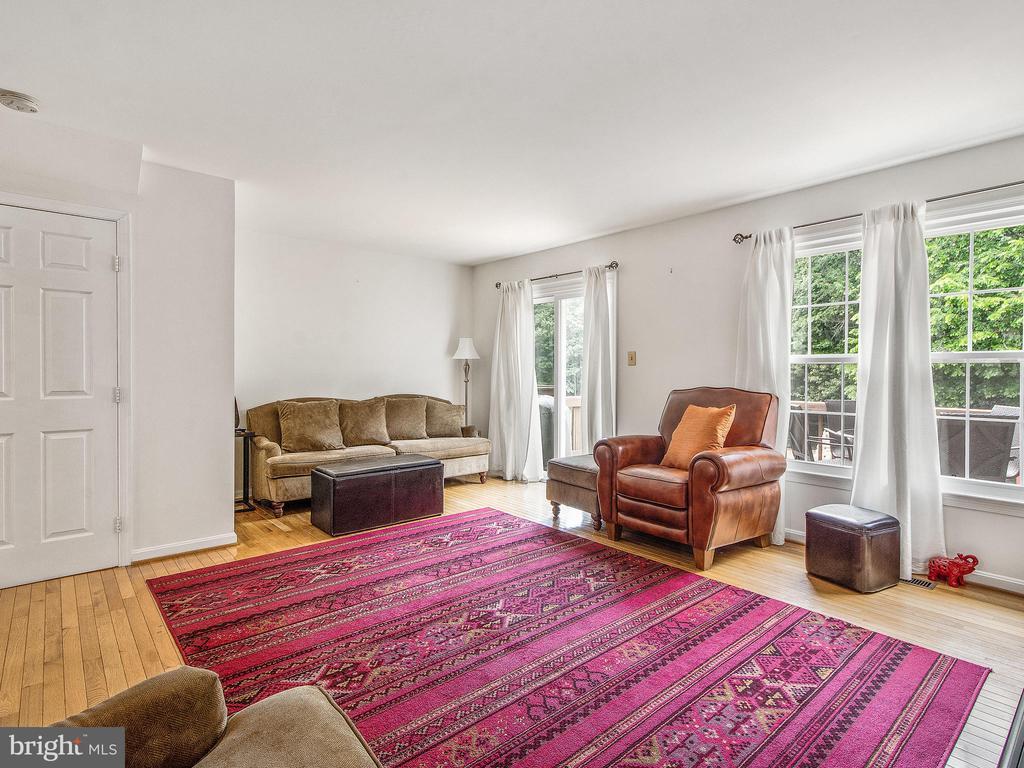 Living Room from Kitchen Pass-Through - 12706 PERCHANCE TER, WOODBRIDGE