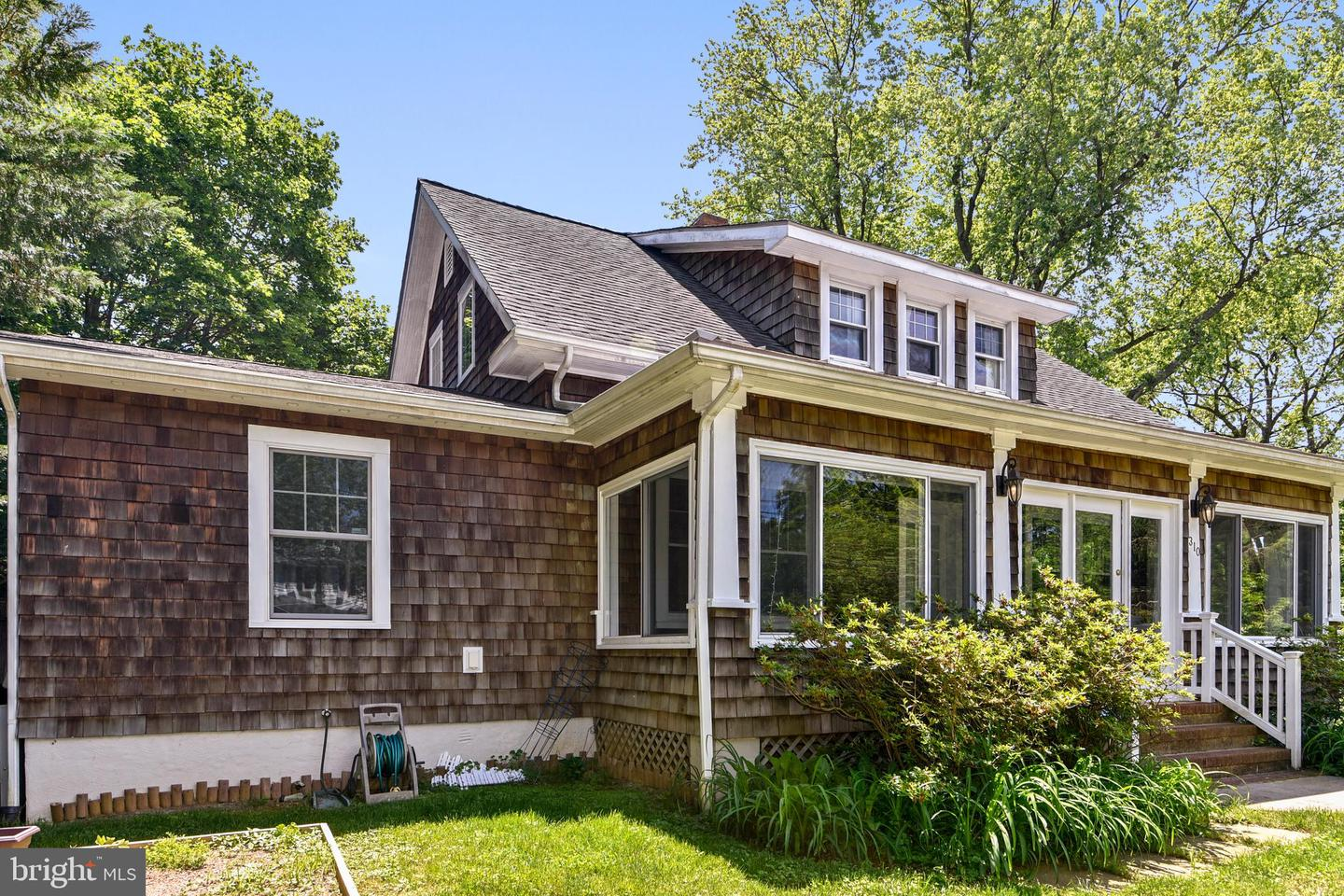 Additional photo for property listing at 310 Monterey Ave Annapolis, Maryland 21401 United States