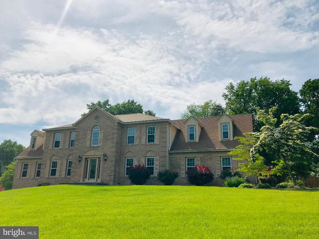 11696 HOLLYVIEW DRIVE, GREAT FALLS, Virginia