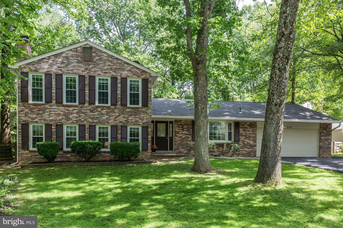 Single Family for Sale at 3015 Millstream Ct Herndon, Virginia 20171 United States