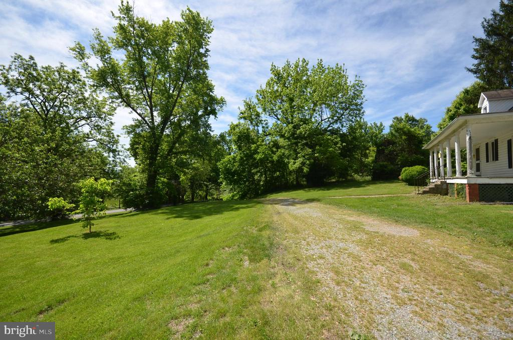 - 3905 SHEPHERDS MILL RD, BERRYVILLE