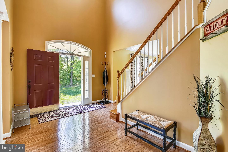 Additional photo for property listing at 10819 Avonlea Ridge Pl Damascus, Maryland 20872 United States