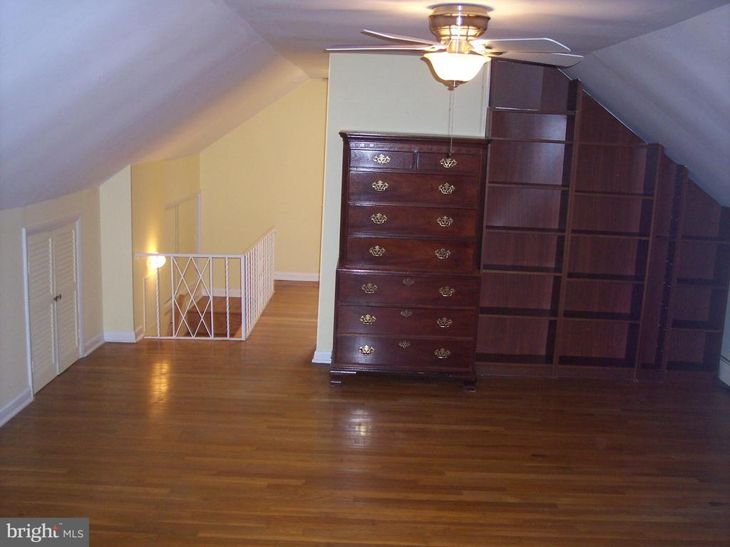 Upstairs Bedroom - 9103 LOUIS AVE, SILVER SPRING