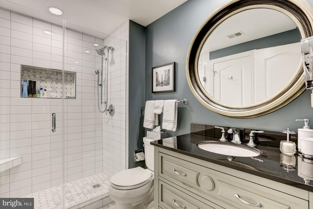 Remodeled LL Full Bath w/ radiant heated floors - 11096 WHITSTONE PL, RESTON