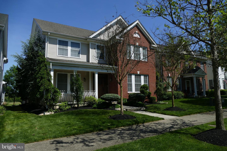 Single Family Homes pour l Vente à Crosswicks, New Jersey 08515 États-Unis