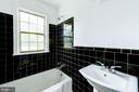 Bathroom - 802 S ARLINGTON MILL DR #301, ARLINGTON