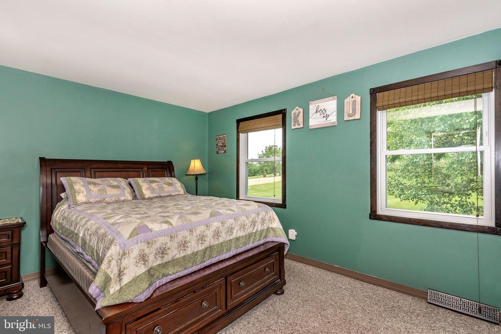 Master Bedroom - 16808 POWELL RD, SHARPSBURG