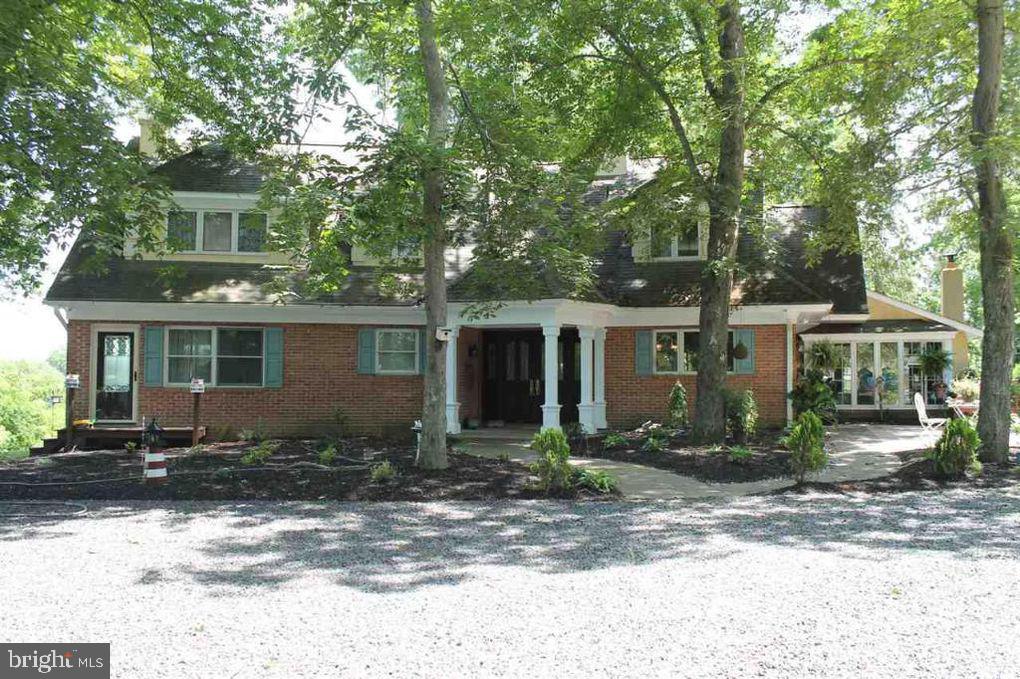 single family homes para Venda às Millville, Nova Jersey 08332 Estados Unidos