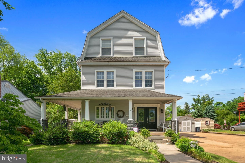 Single Family Homes для того Продажа на Haddon Heights, Нью-Джерси 08035 Соединенные Штаты