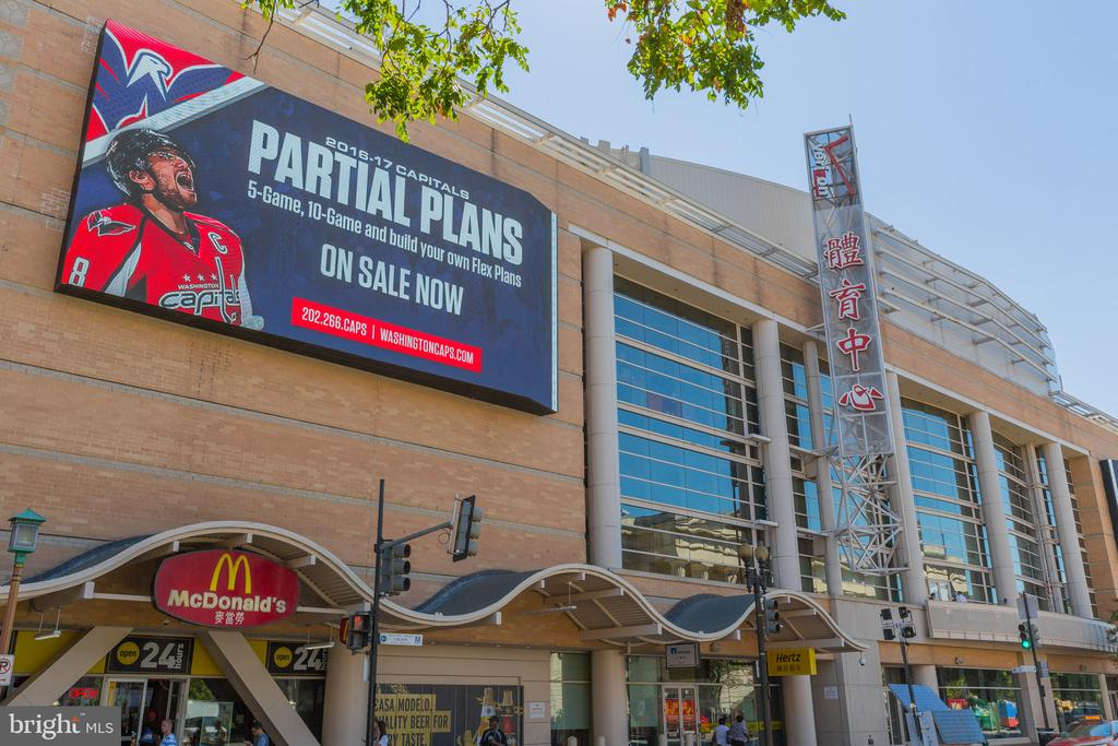 Capital ONE Arena for all Sports, Events next door - 777 7TH ST NW #1124, WASHINGTON