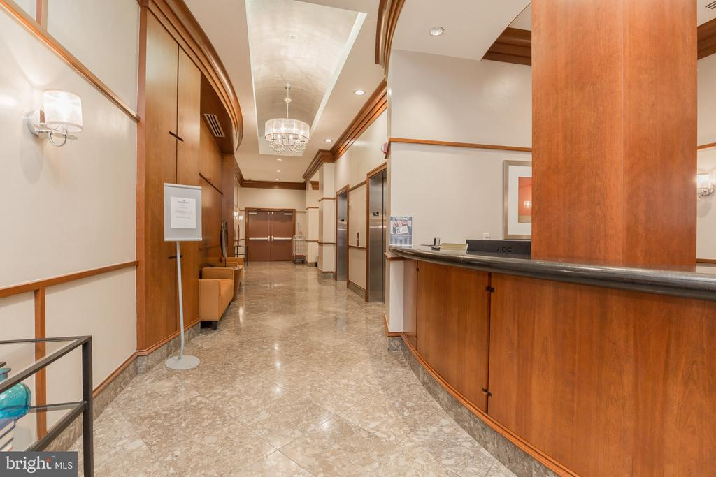 24 hour security - front desk conceirge - 777 7TH ST NW #1124, WASHINGTON