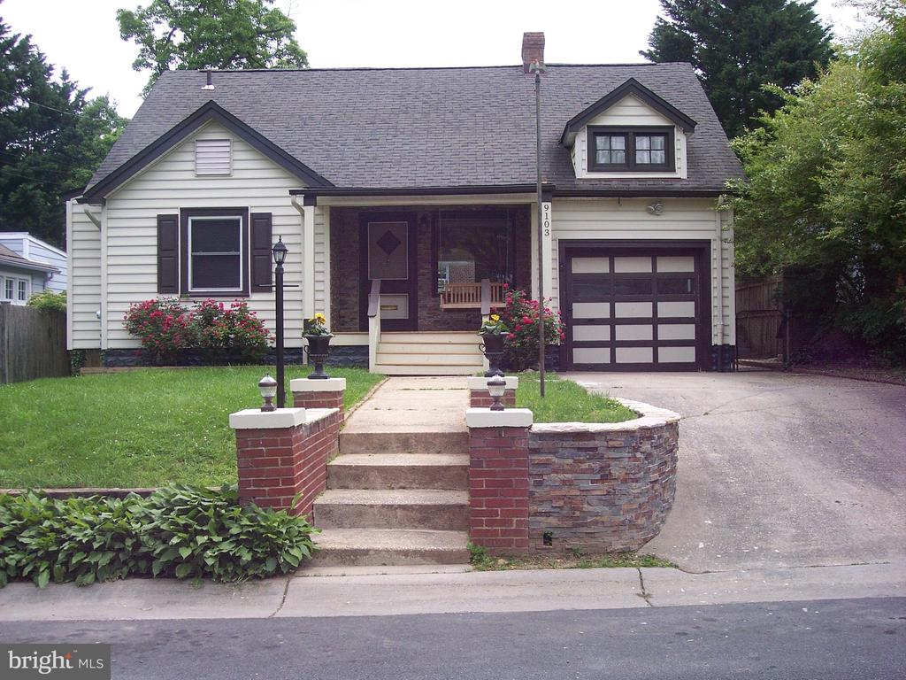 Front Entry - 9103 LOUIS AVE, SILVER SPRING