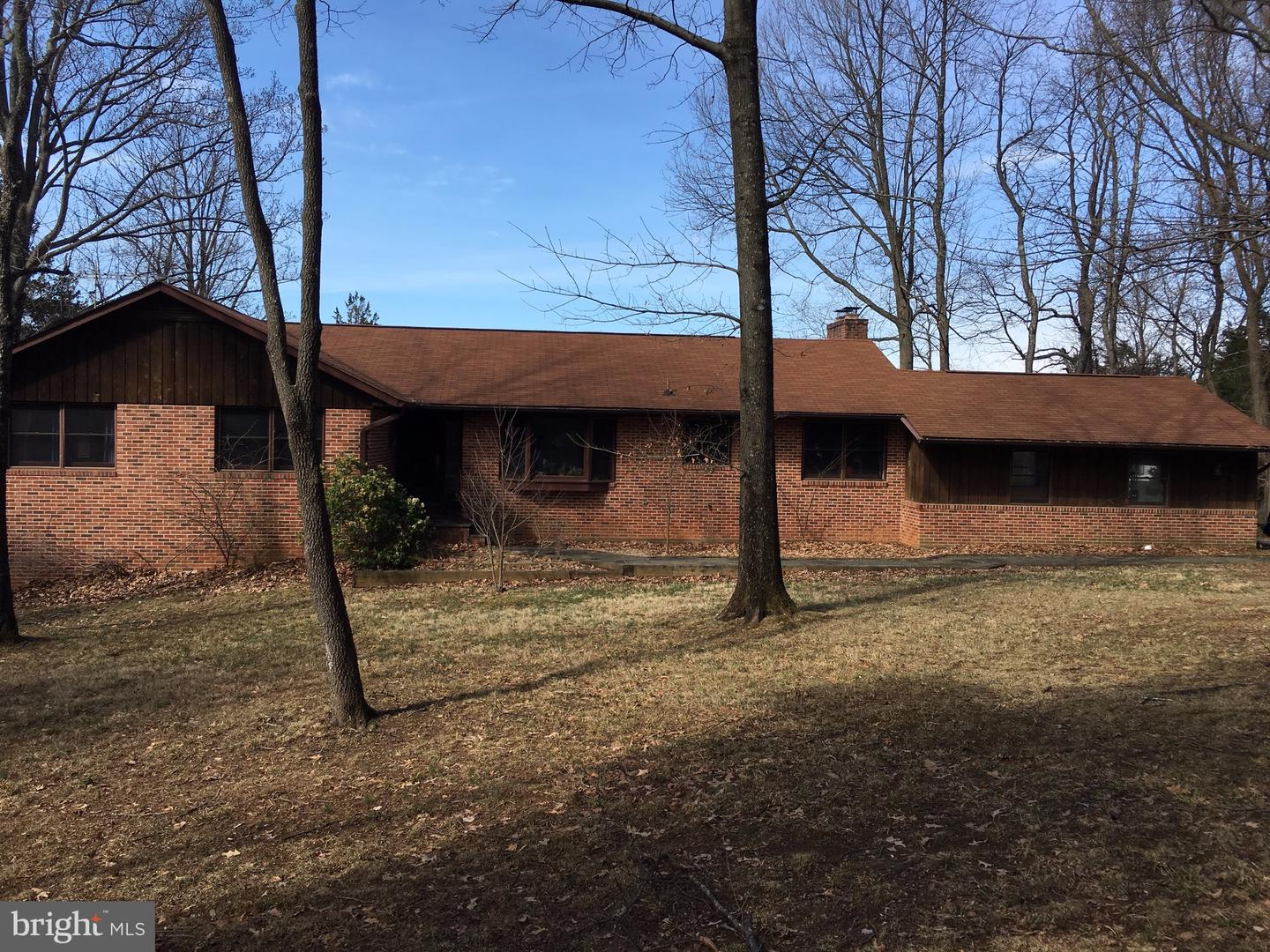 Single Family for Sale at 744 Kentland Dr Great Falls, Virginia 22066 United States