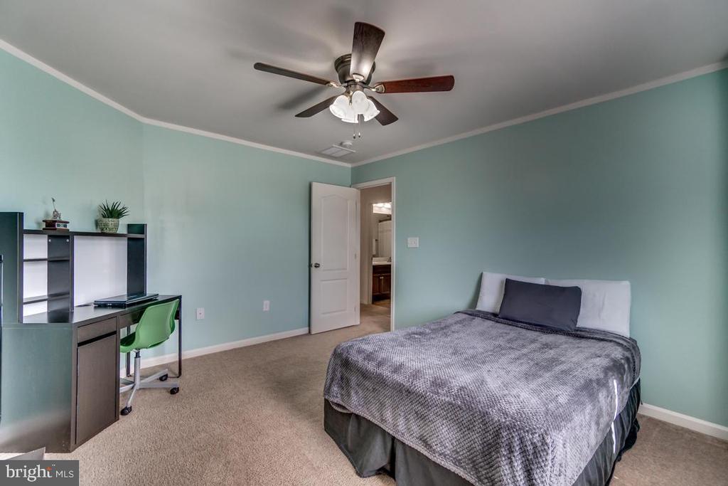 Bedroom 2 - 8 BRADBURY WAY, STAFFORD