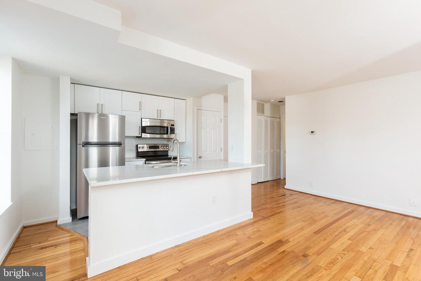 Single Family for Sale at 2305 18th St NW #305 2305 18th St NW #305 Washington, District Of Columbia 20009 United States