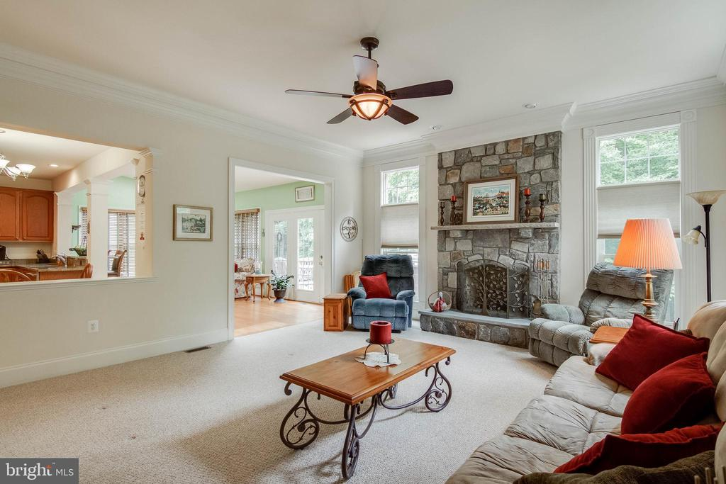 Family Room with Gas Fireplace - 3465 LOGSTONE DR, TRIANGLE