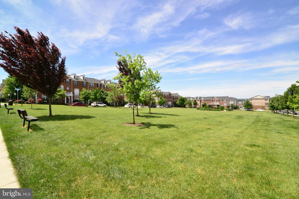 Community park - 42752 KEILLER TER, ASHBURN