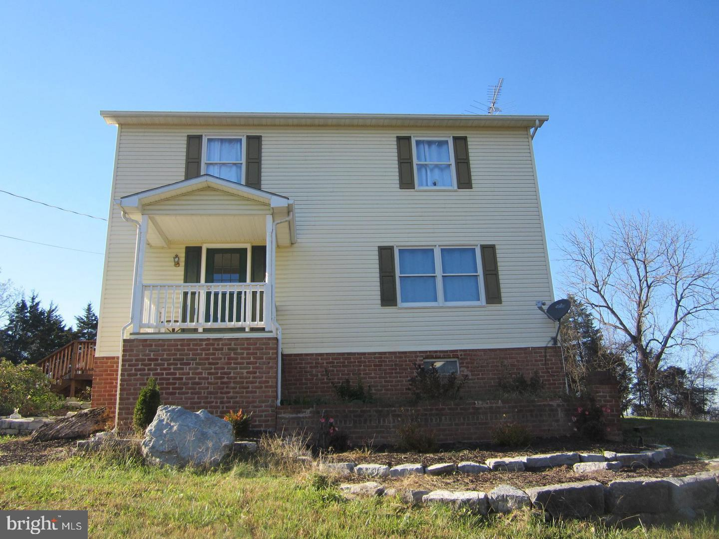 Single Family for Sale at 639 Crawford Quarry Falling Waters, West Virginia 25419 United States