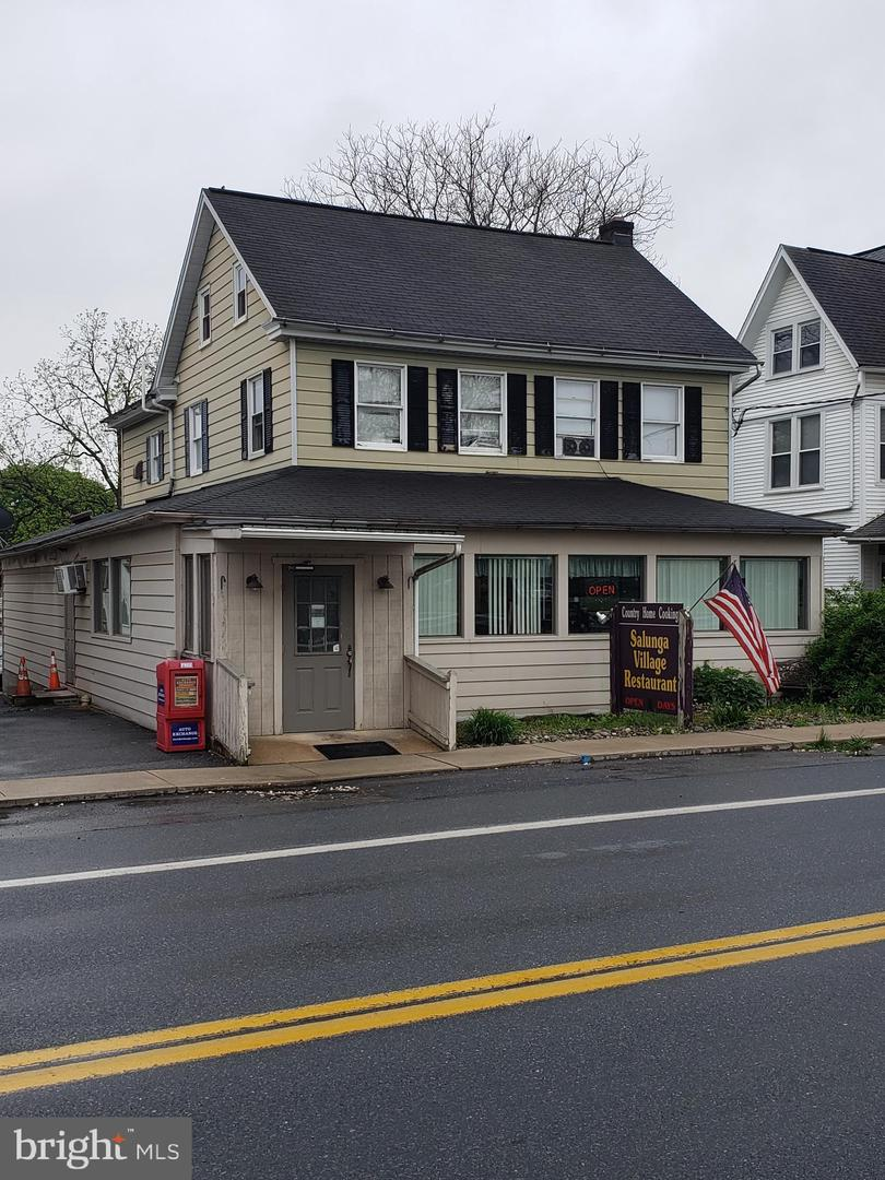 Retail للـ Sale في Landisville, Pennsylvania 17538 United States