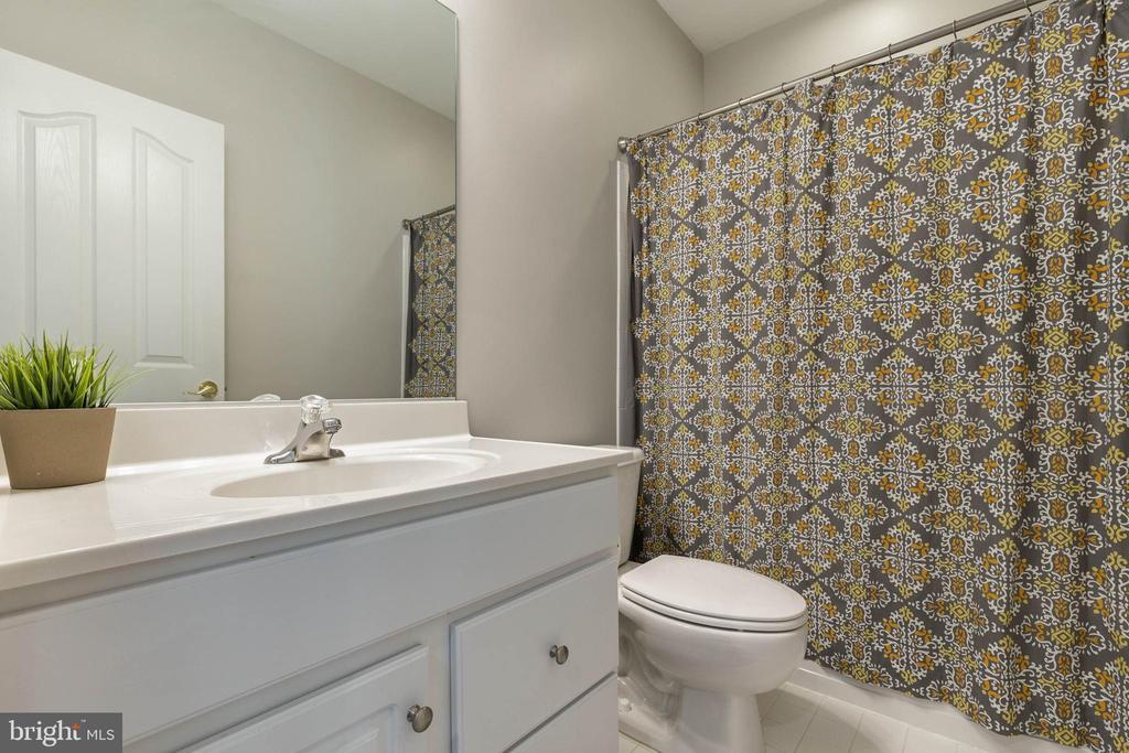 Full Bathroom in the Rec Room - 19448 MILL DAM PL, LEESBURG
