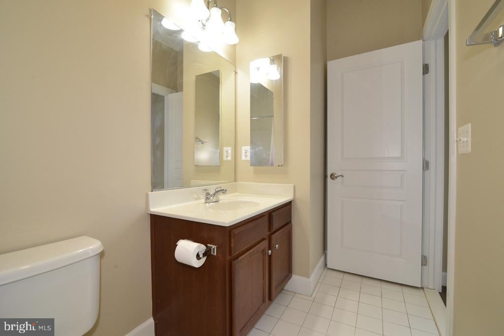 Third Bathroom - 23110 BRONSTEIN LN, ASHBURN
