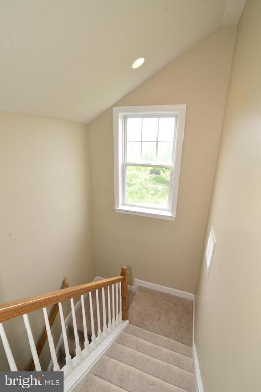 Stairs - 23110 BRONSTEIN LN, ASHBURN