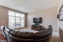 Spacious Family Room - 18605 KERILL RD, TRIANGLE