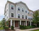 - 123 ANTHEM AVE, HERNDON