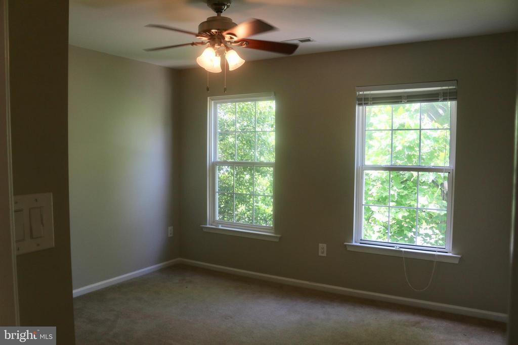 2nd Bedroom - 4 JAMESTOWN CT, STAFFORD