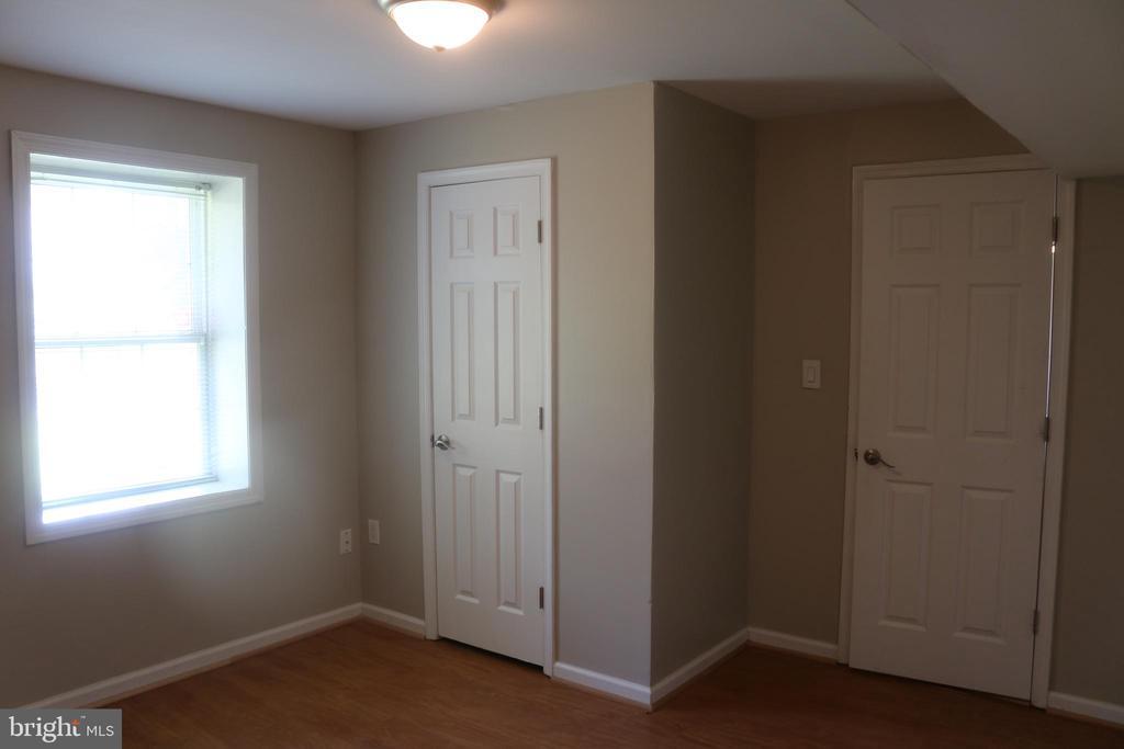 5th Bedroom Basement - 4 JAMESTOWN CT, STAFFORD