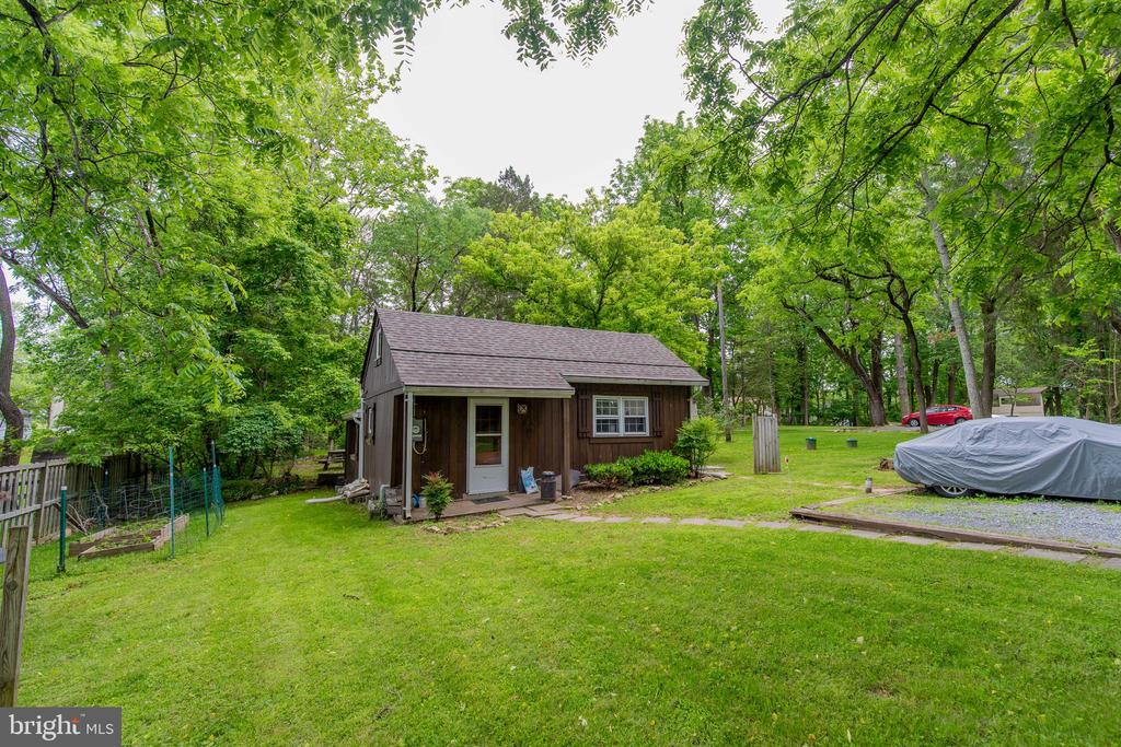 The Cabin 702 sq ft finished on 1.18 acre lot - 13826-13832 CASTLE CLIFF WAY, SILVER SPRING