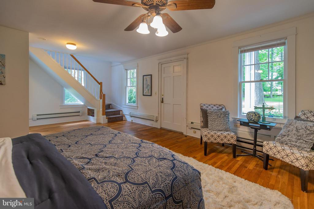 Library Suite Master Bedroom - 13826-13832 CASTLE CLIFF WAY, SILVER SPRING