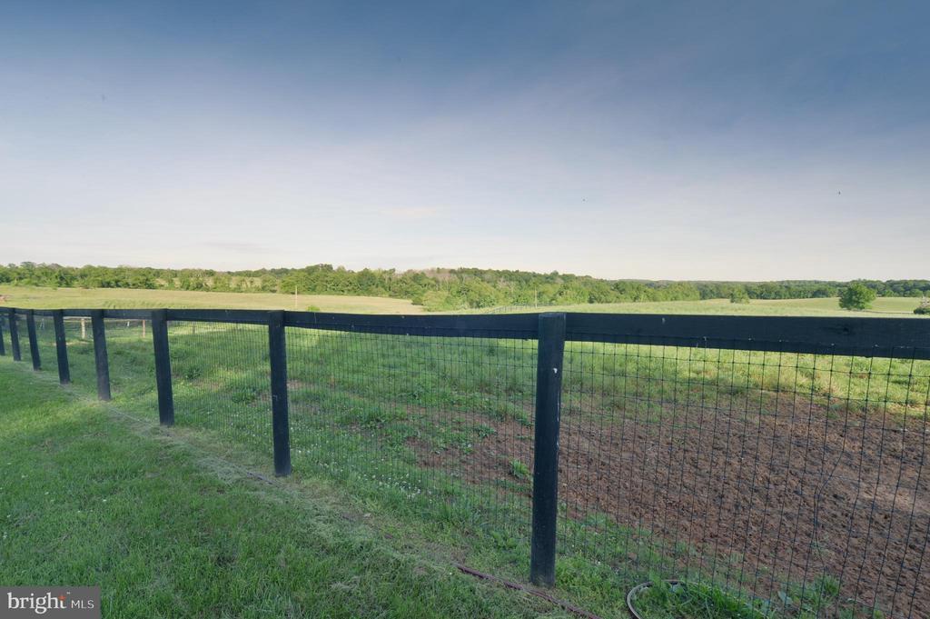 184 acres - 8362 HOLTZCLAW RD, WARRENTON