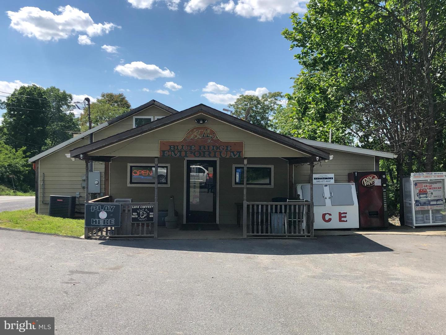 Commercial for Sale at 18619 Charles Town Pike Charles Town, West Virginia 25414 United States