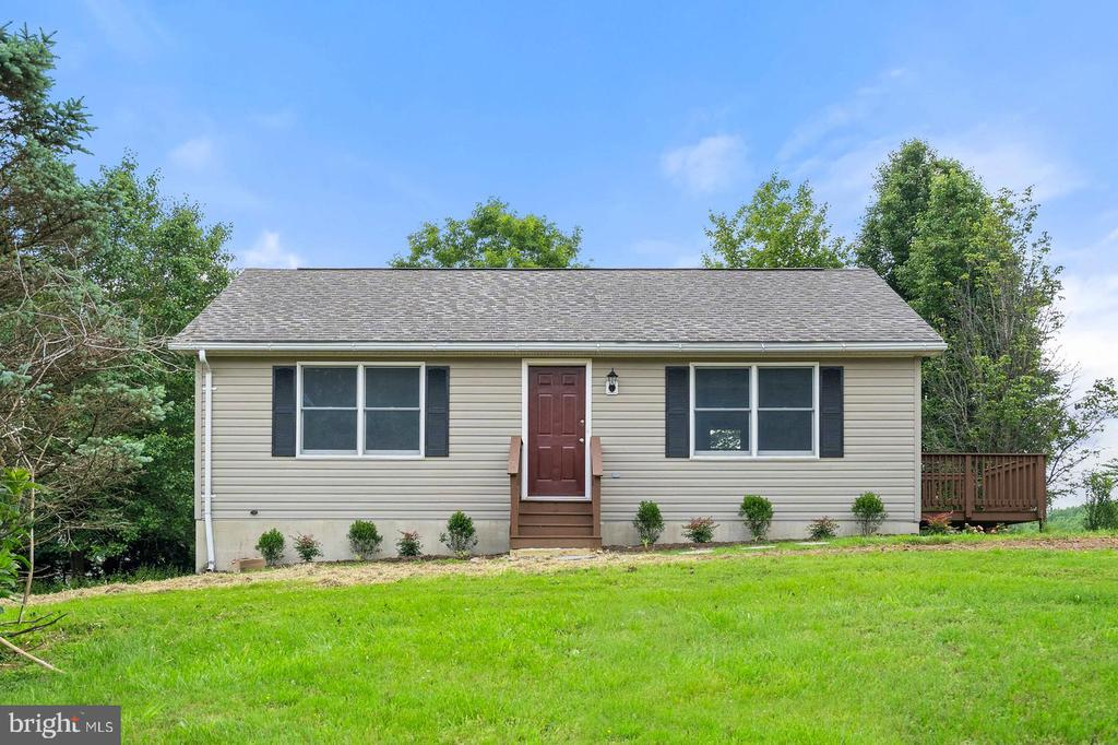 10033  CONDE ROAD, Marshall in FAUQUIER County, VA 20115 Home for Sale