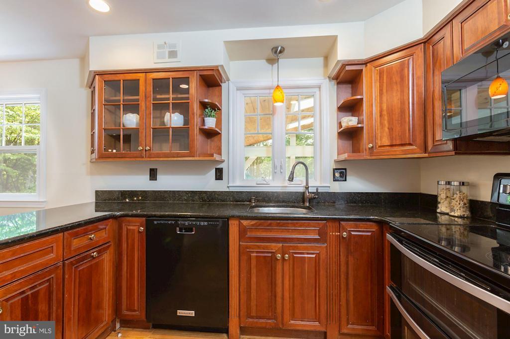 Updated Appliances - 1206 HIGHLAND DR, SILVER SPRING