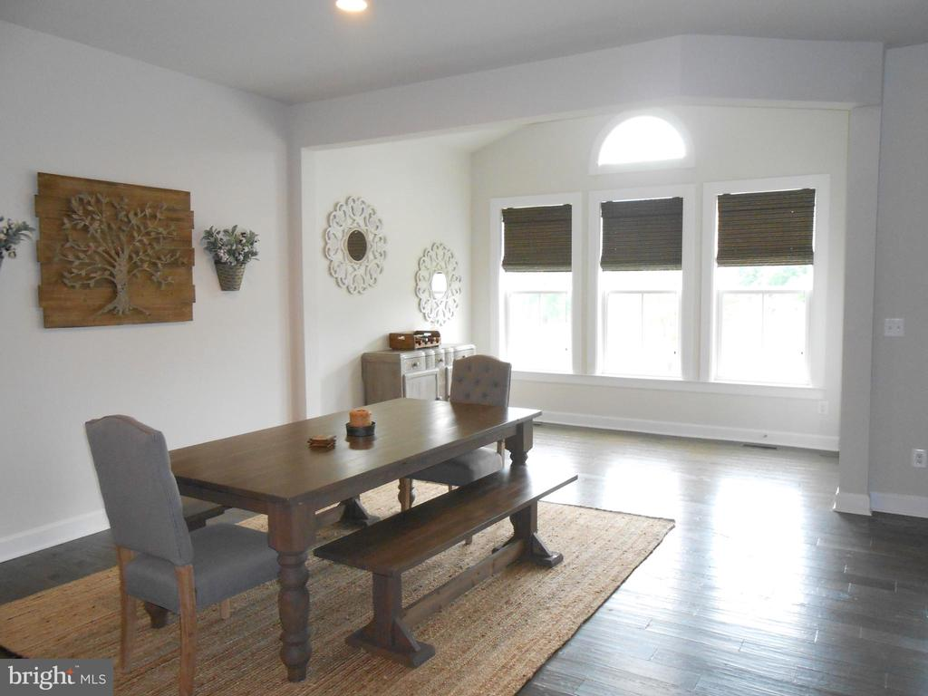Dining Area Open to Morning Room - 6435 BOB WHITE DRIVE, WARRENTON