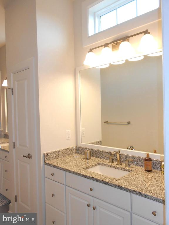 Master Bath - 6435 BOB WHITE DRIVE, WARRENTON