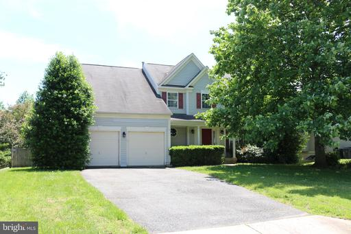 4 JAMESTOWN CT