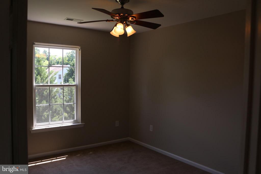 3rd Bedroom - 4 JAMESTOWN CT, STAFFORD