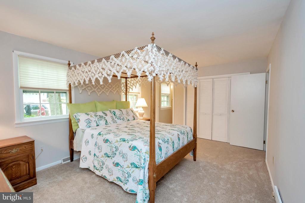 Master Bedroom - 203 MUSKET LN, LOCUST GROVE