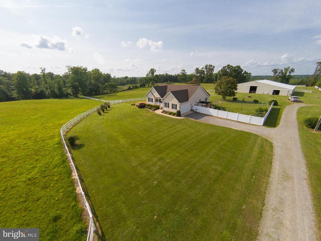 Welcome to the Farm! - 9315 PAIGE RD, WOODFORD