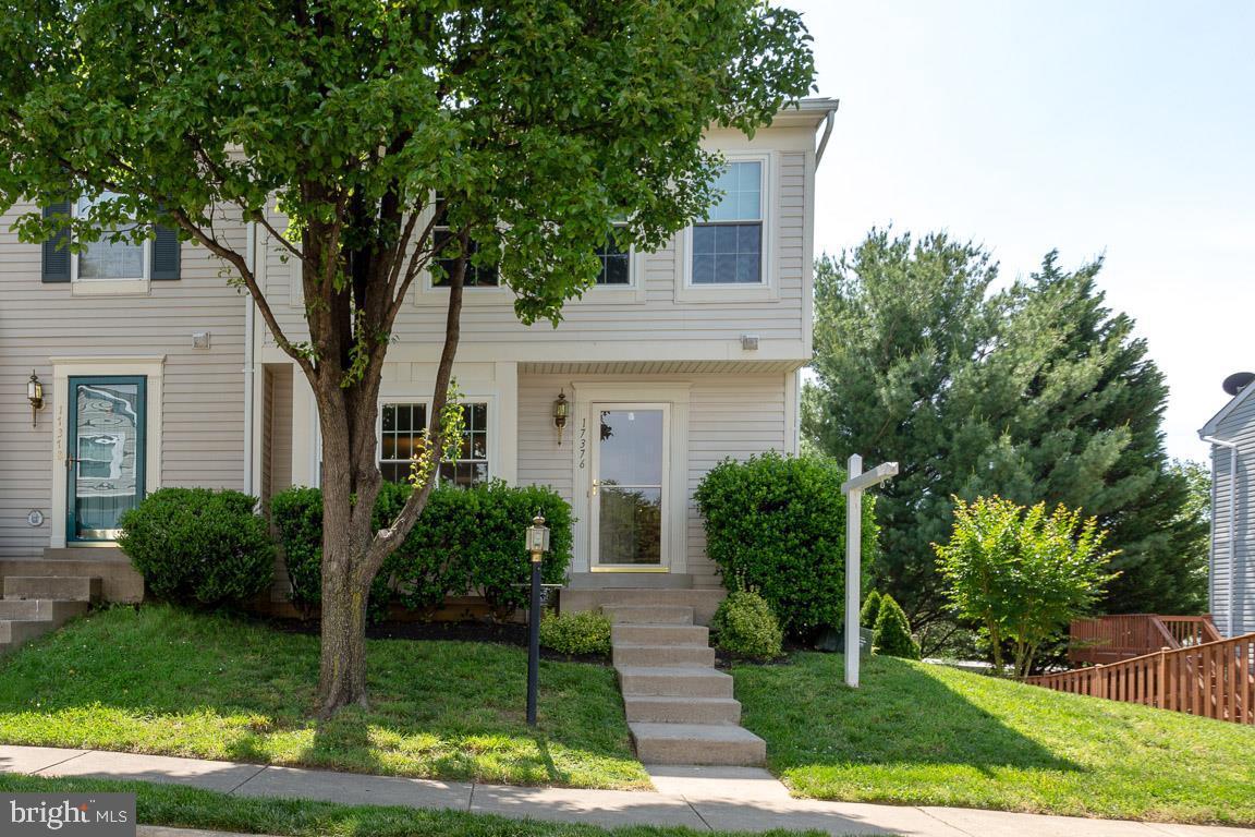 Single Family for Sale at 17376 Sligo Loop Dumfries, Virginia 22026 United States