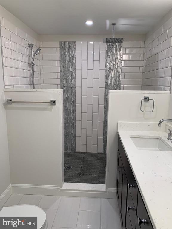 Master bathroom. - 14182 WYNGATE DR, GAINESVILLE