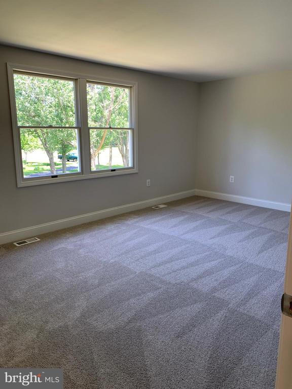 Large bedroom rear elevation. - 14182 WYNGATE DR, GAINESVILLE